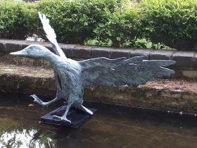 Tuinbeelden Brons Tuin : Bronzen beelden en tuinbeelden van jeanette jansen figurative